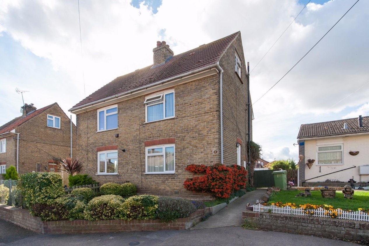 Properties For Sale in The Street Oare