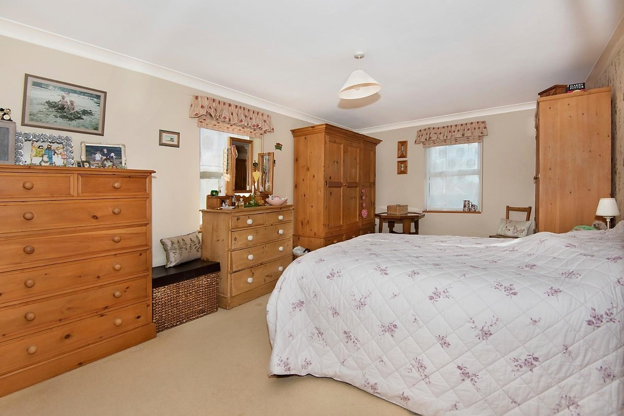 Properties For Sale in The Street West Hougham