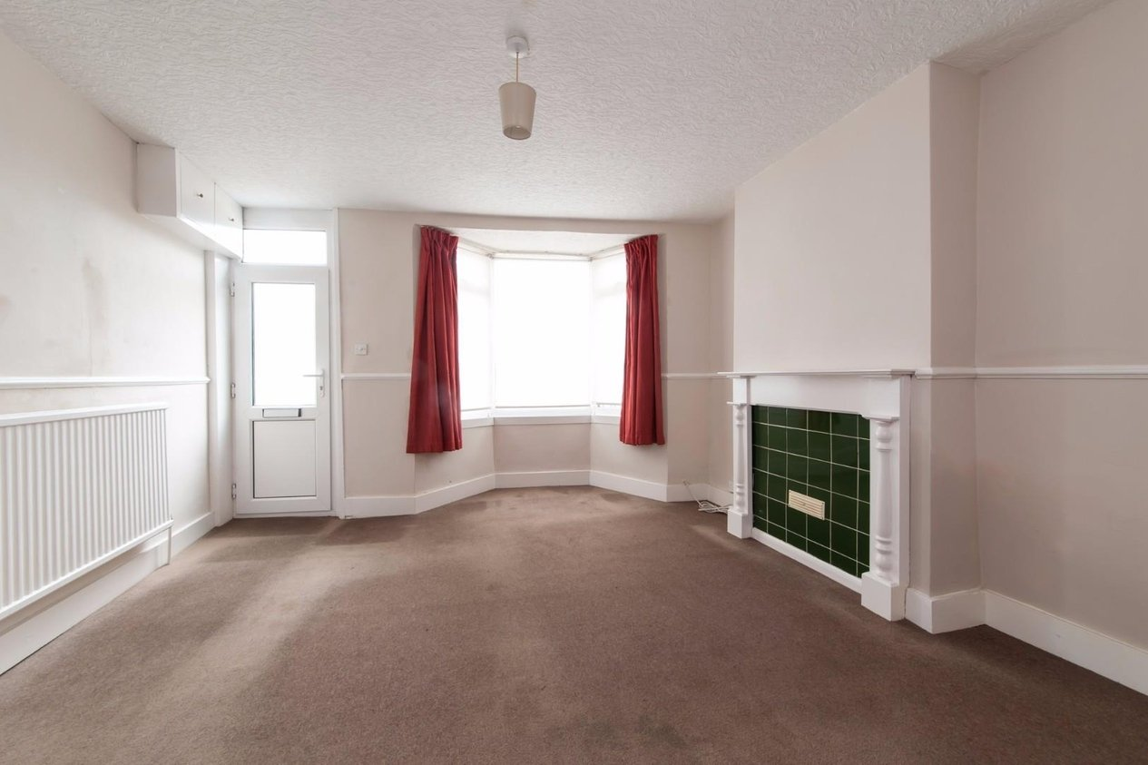 Properties Sold Subject To Contract in Tivoli Road