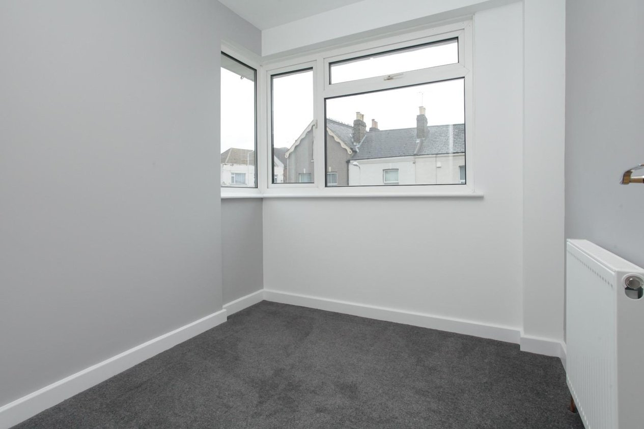 Properties For Sale in Upper Dumpton Park Road