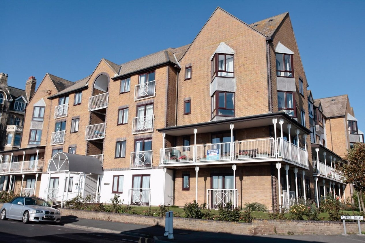 Properties Sold Subject To Contract in Victoria Parade