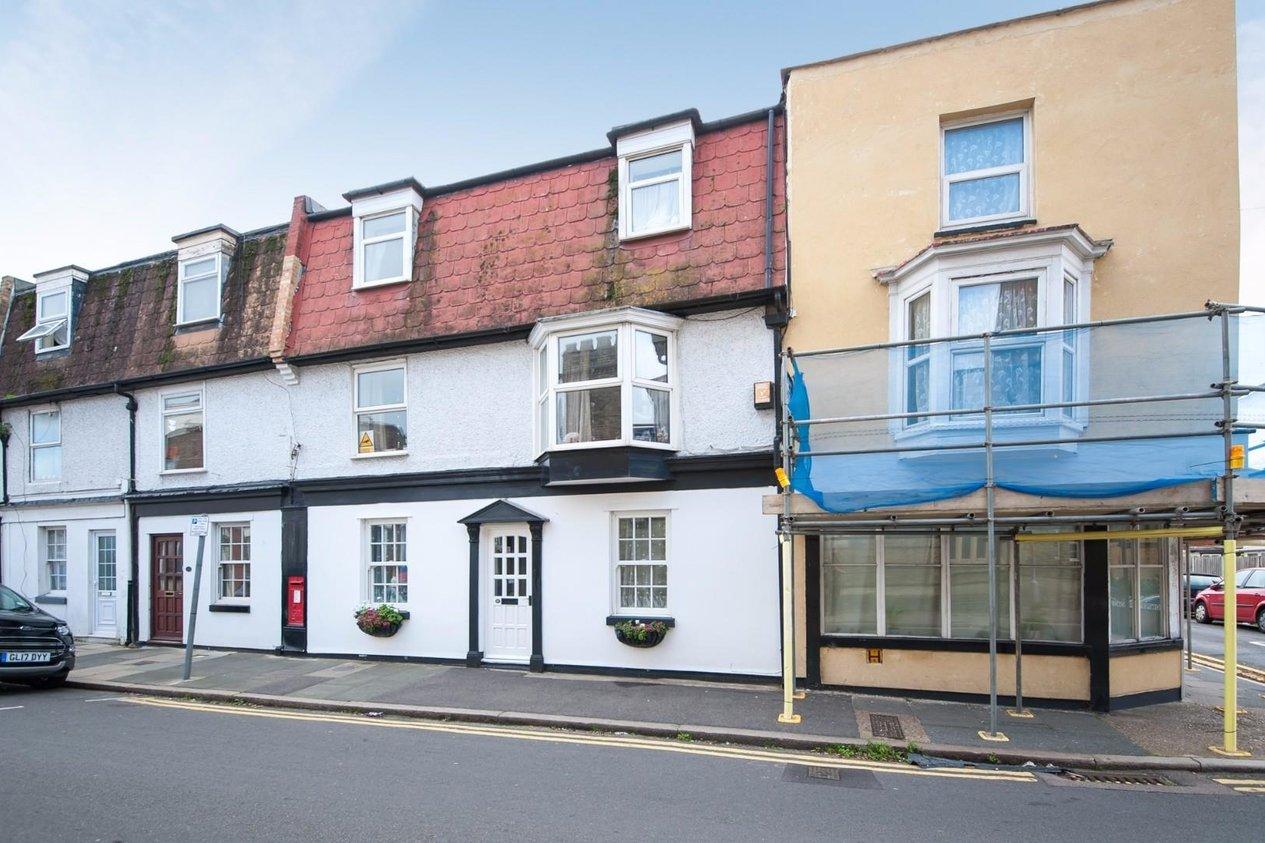 Properties For Sale in Victoria Road