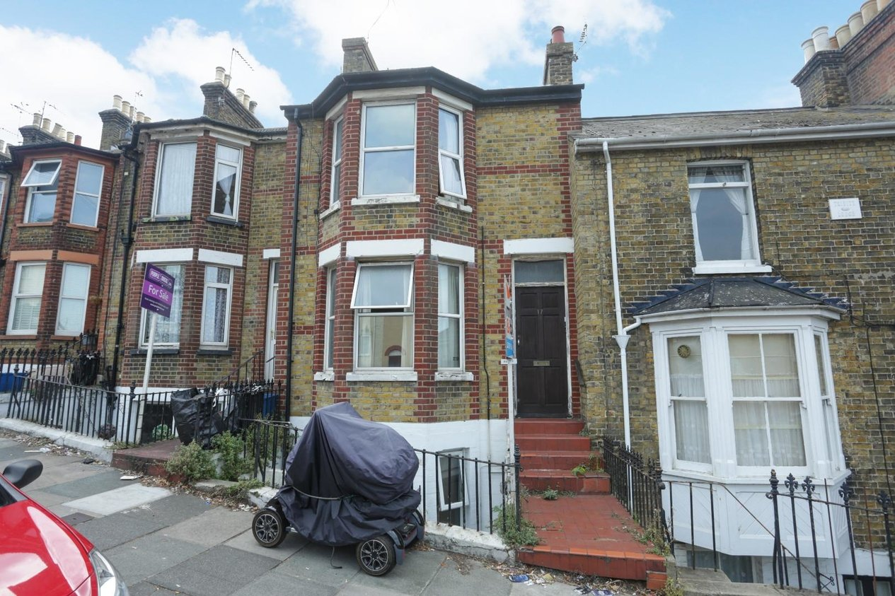 Properties Sold Subject To Contract in Victoria Road