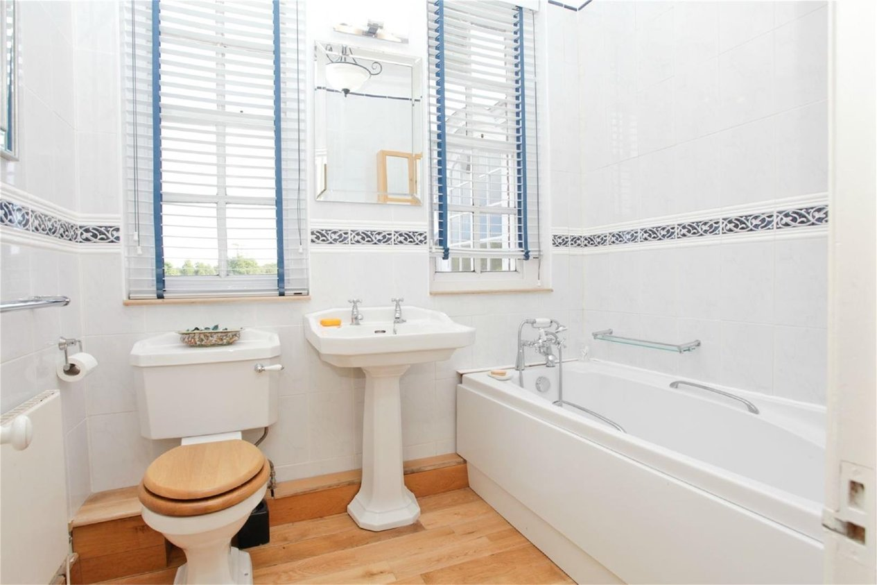 Properties For Sale in Waldershare House