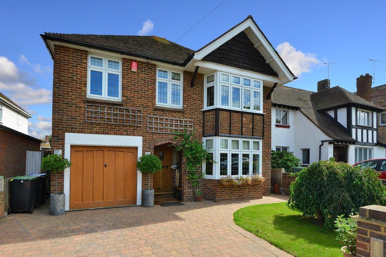 Properties For Sale in Waverley Road Westbrook