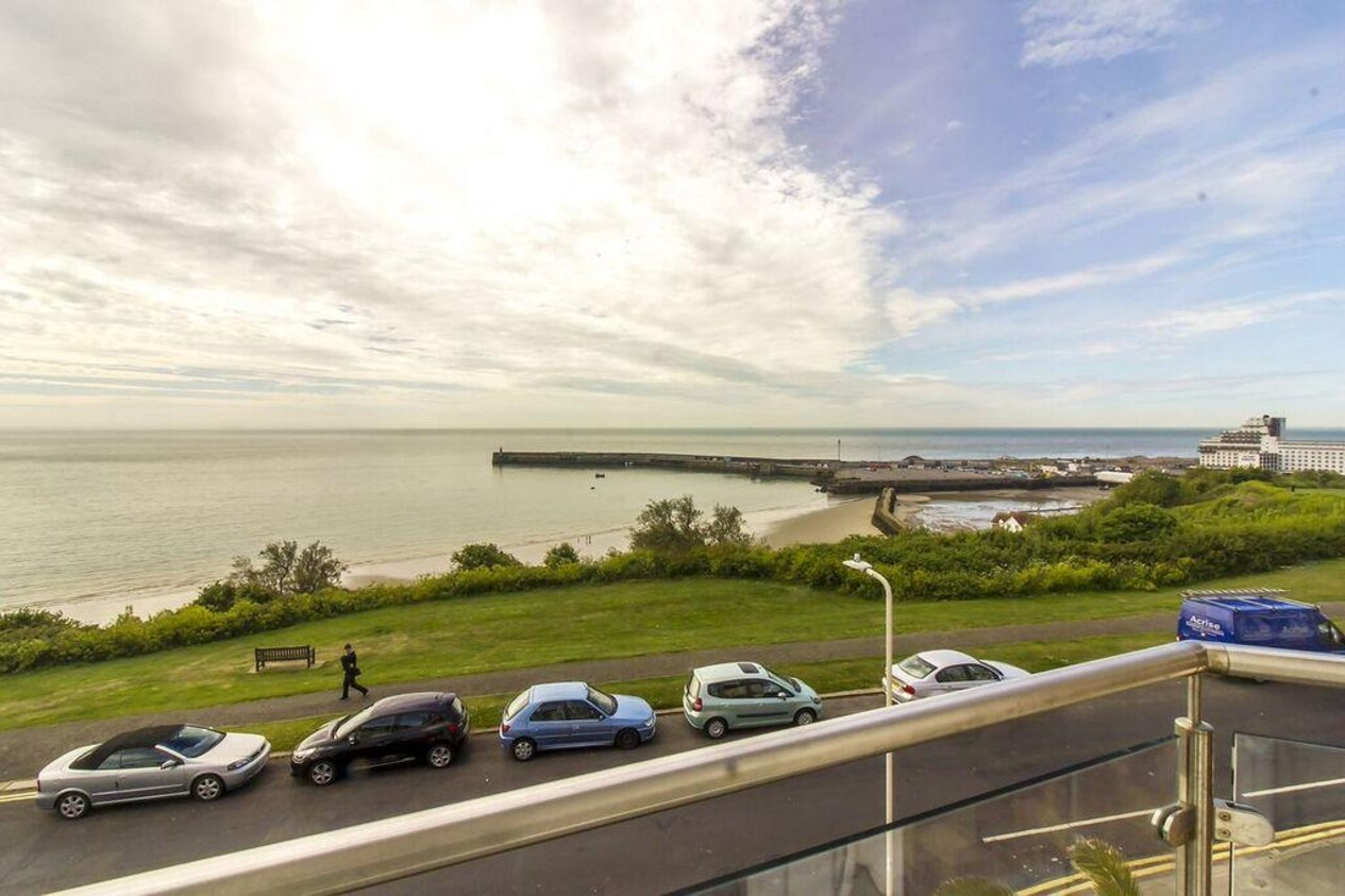 Properties Sold Subject To Contract in 17 Wear Bay Road