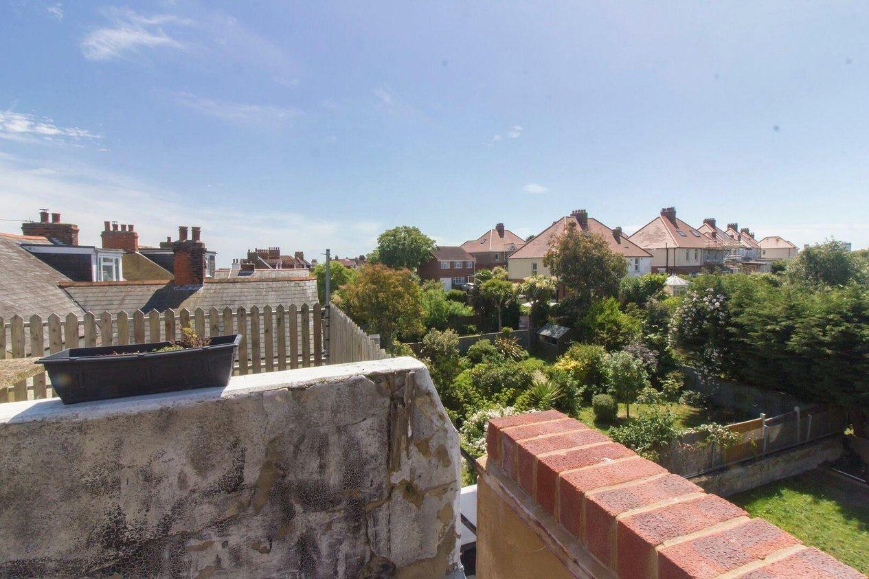 Properties Sold Subject To Contract in Wear Bay Crescent