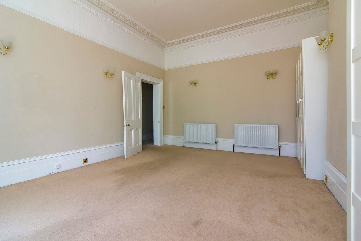 Properties For Sale in Clifton Crescent