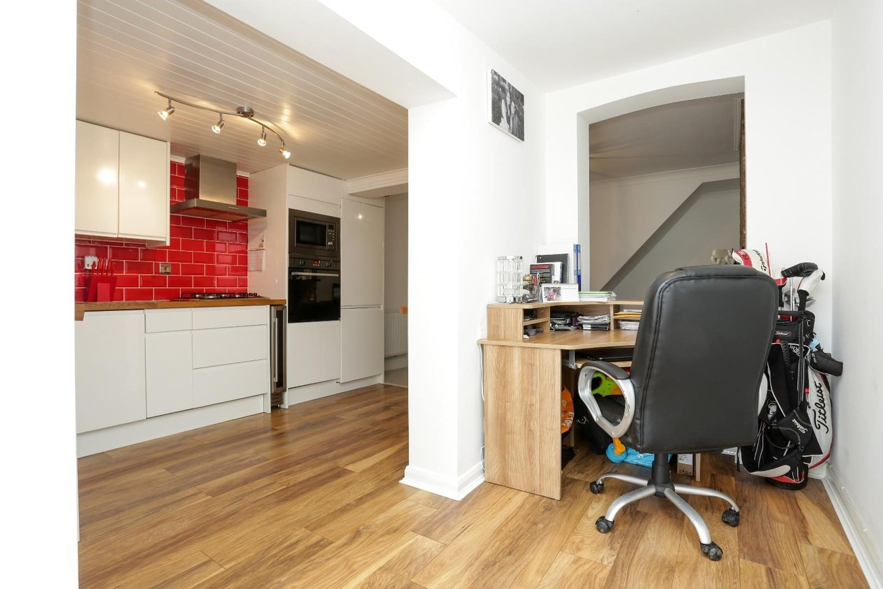 Properties Sold Subject To Contract in Western Road