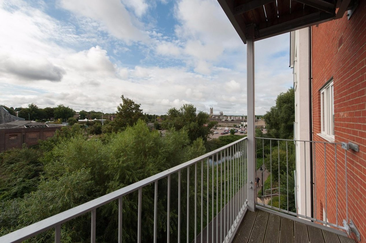 Properties Sold Subject To Contract in Westwood Drive
