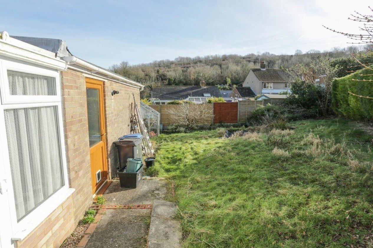 Properties For Sale in Woodland Close River