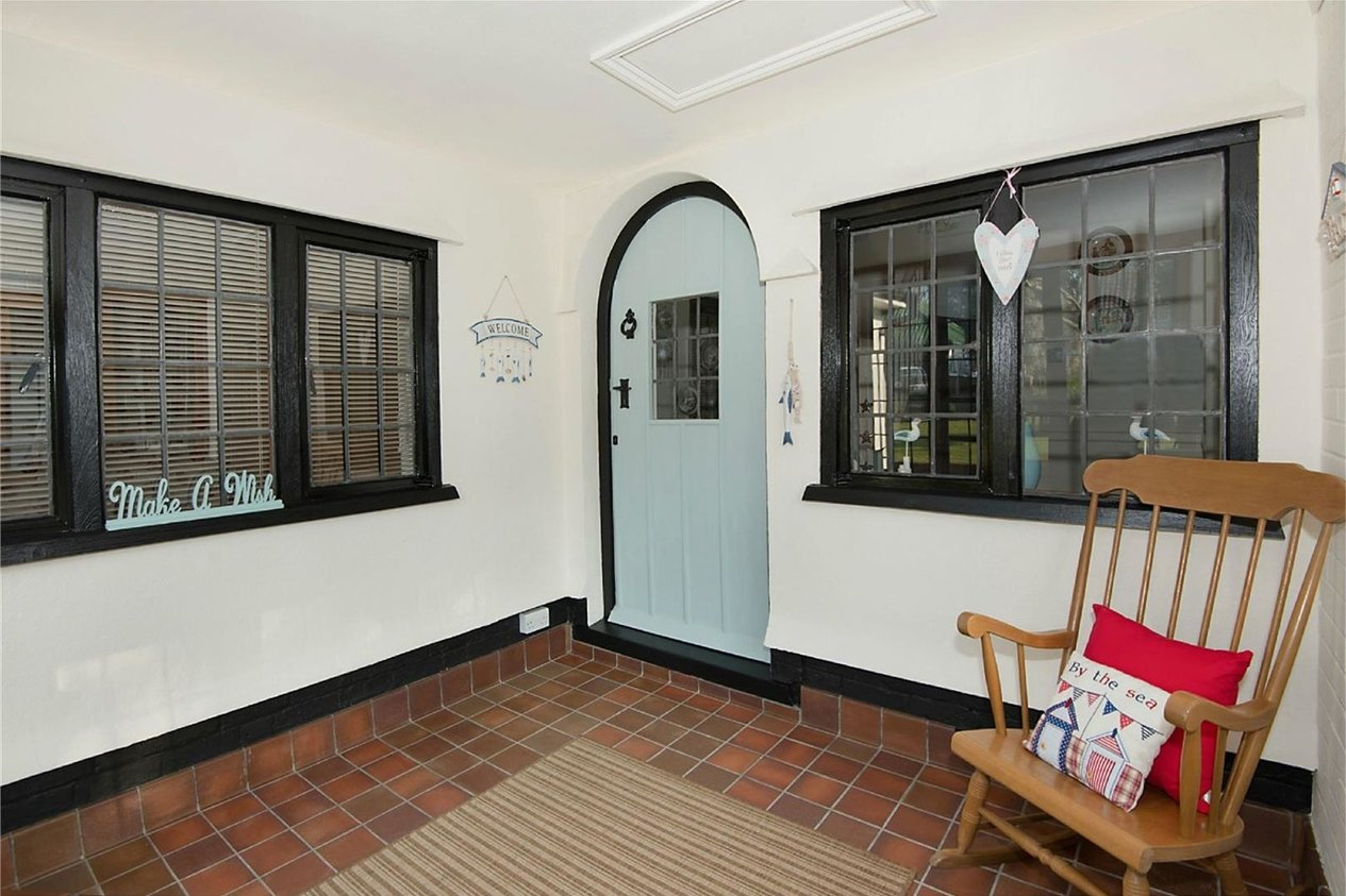 Properties Sold Subject To Contract in Woodland Way Kingsgate
