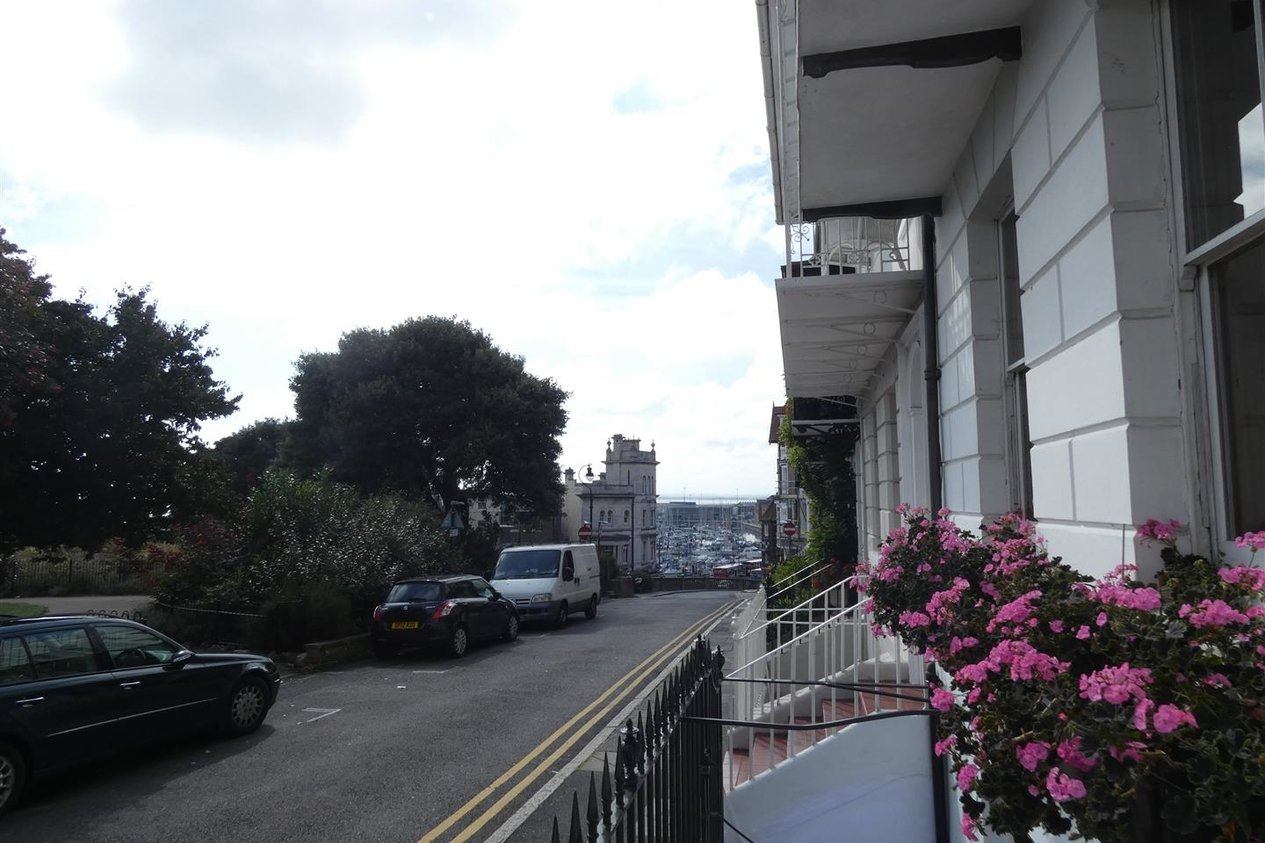 Properties Let Agreed in Albion Place
