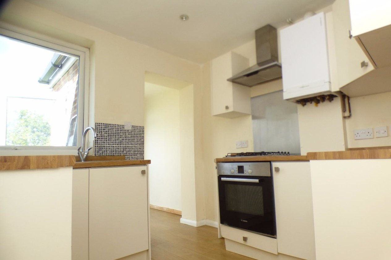 Properties To Let in Ashford Road