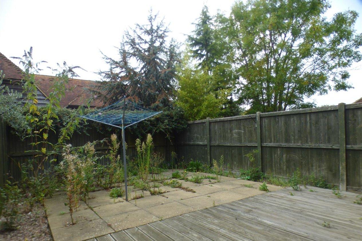 Properties To Let in Blean Common