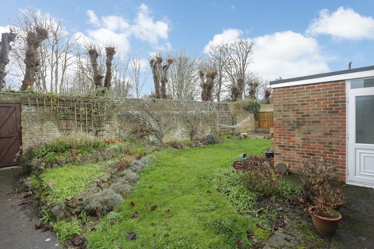 Properties To Let in Dane Court Gardens