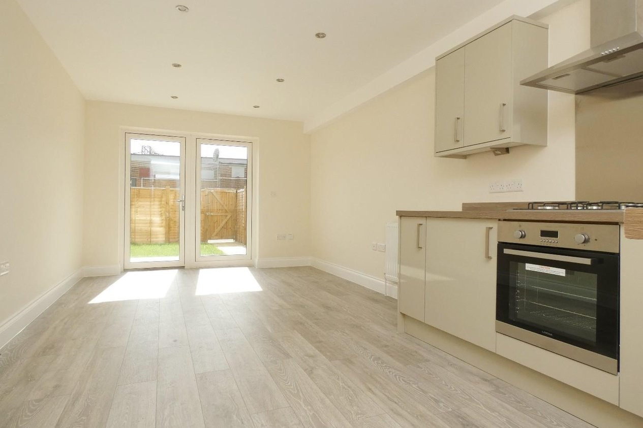 Properties To Let in Farleigh Road