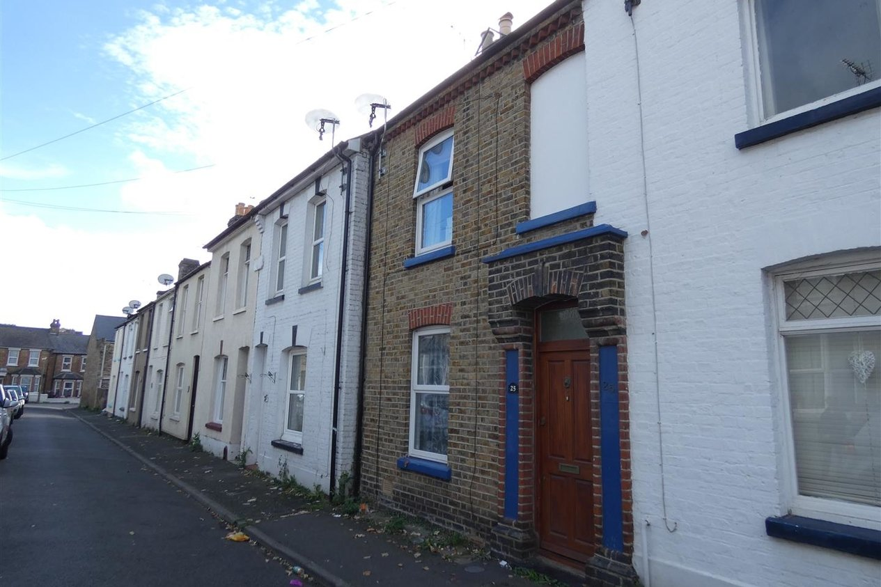 Properties Let Agreed in Flora Road