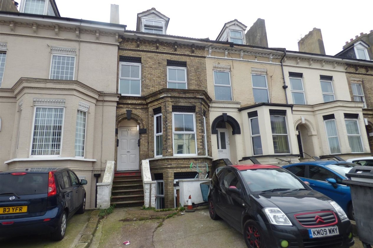 Properties To Let in Folkestone Road
