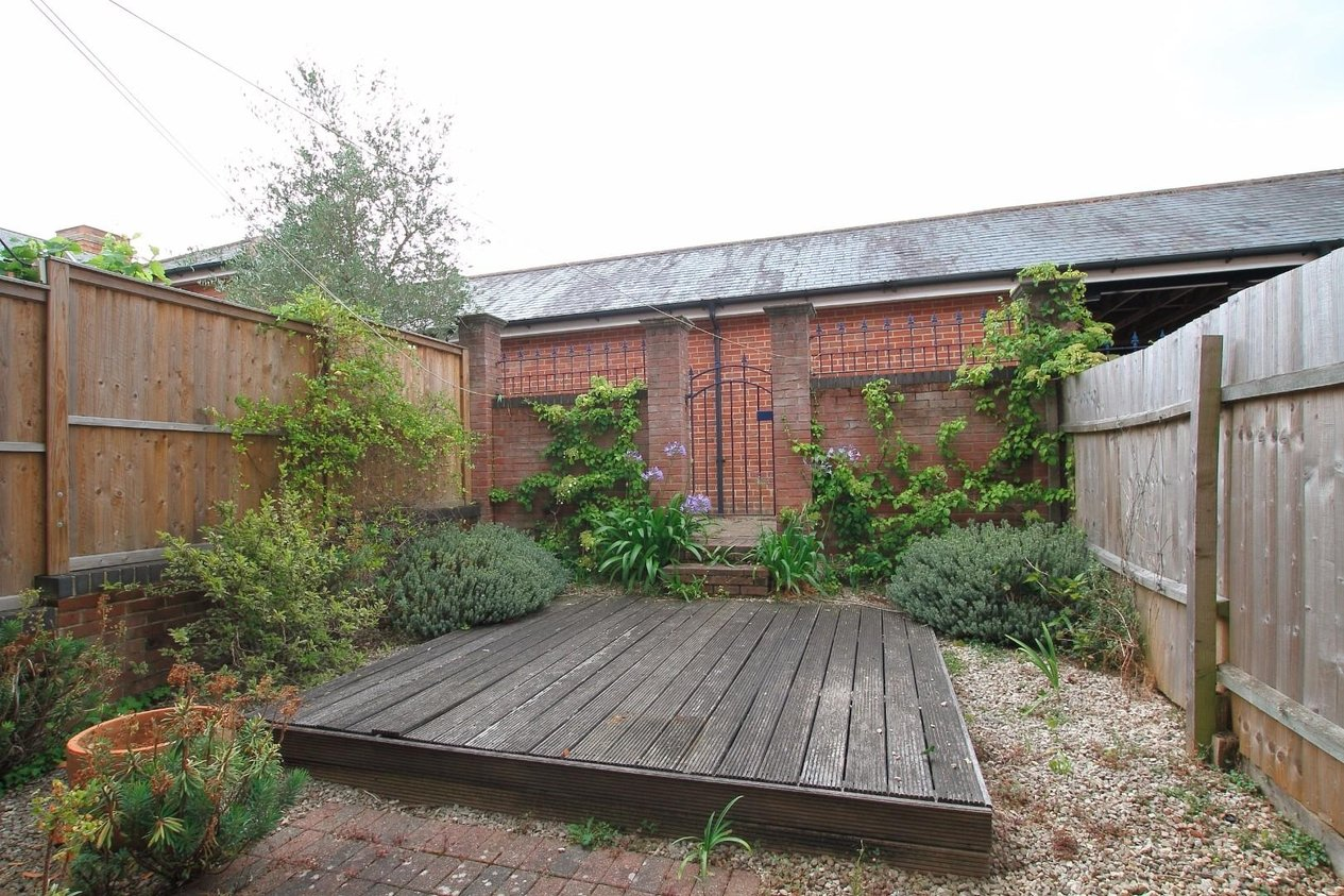 Properties Let Agreed in Gardeners Place Chartham