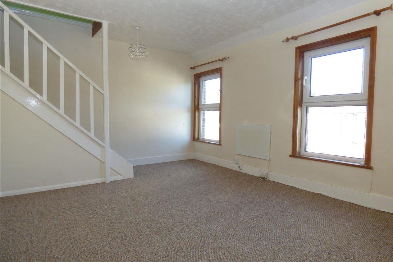 Properties Let Agreed in Garfield Road