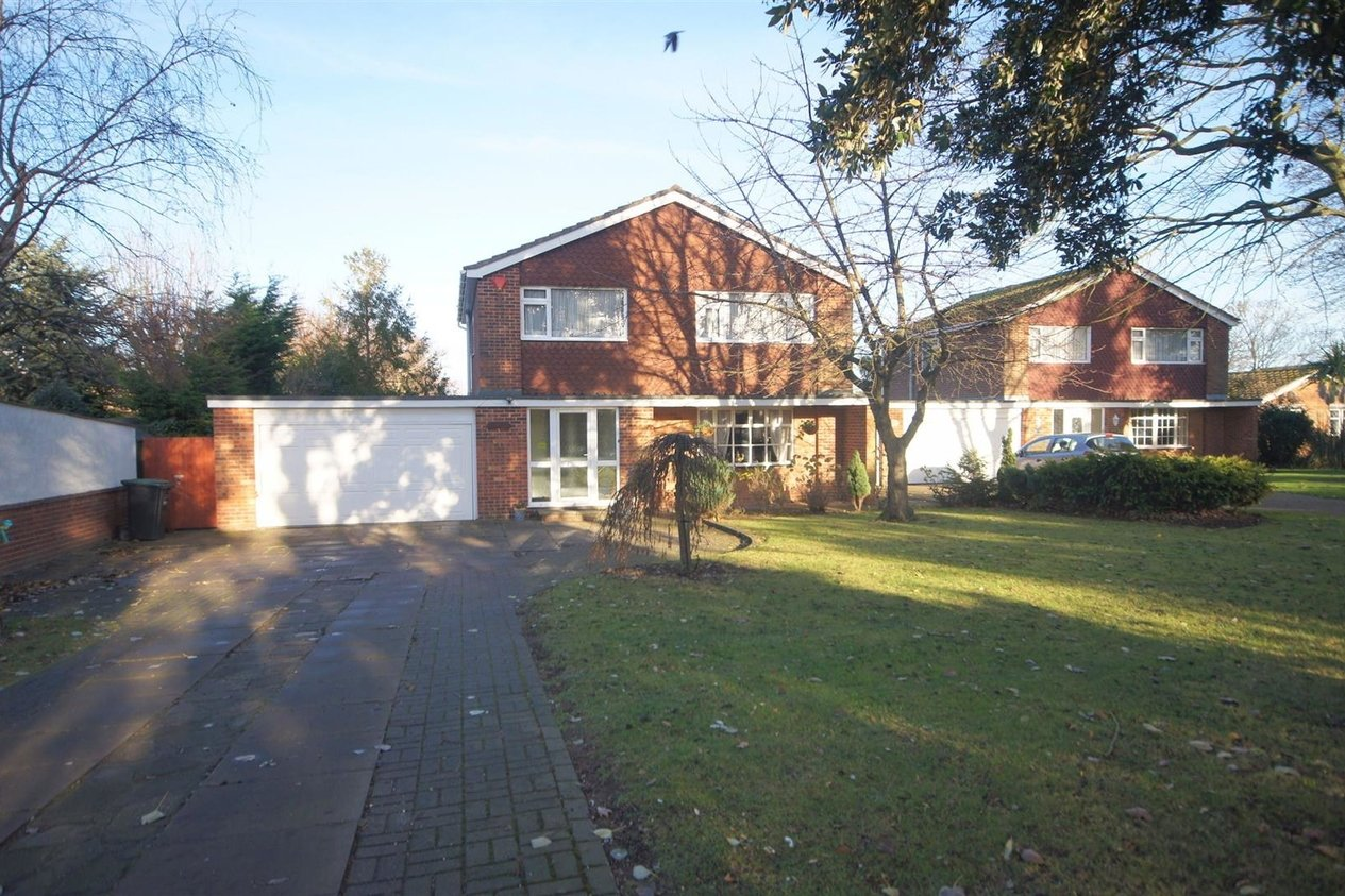Properties To Let in George Hill Road