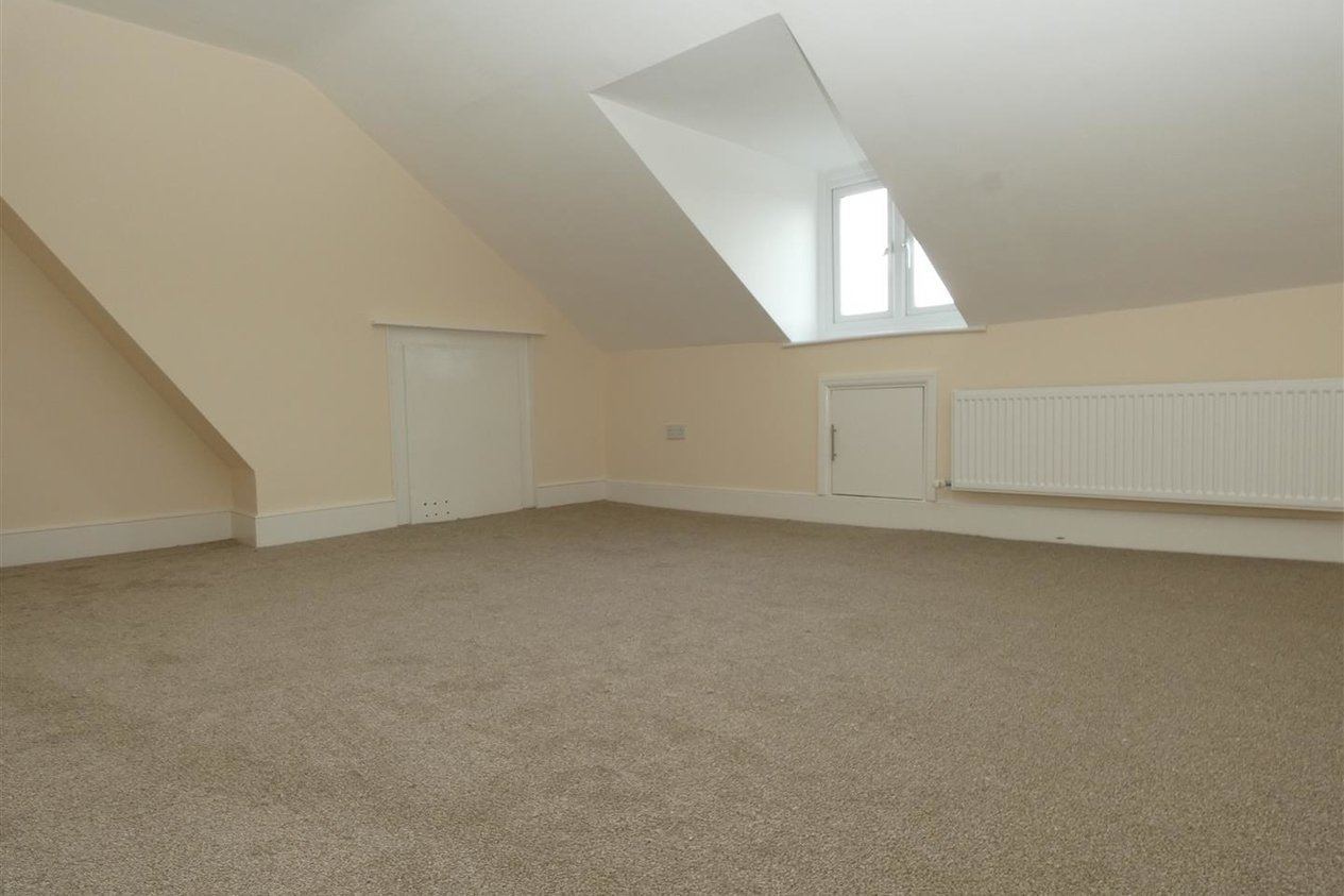 Properties To Let in Kings Place