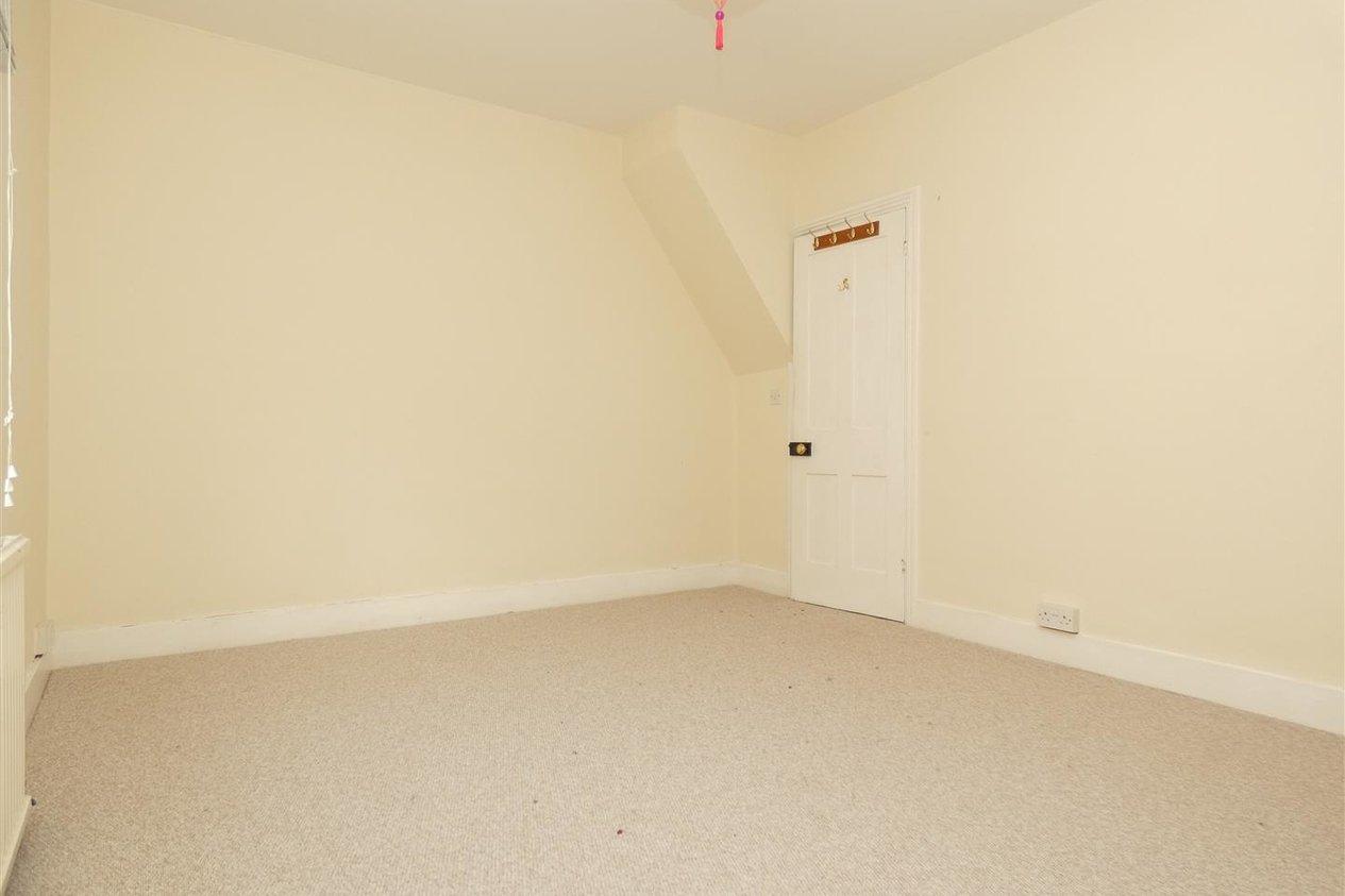 Properties To Let in Kirbys Lane