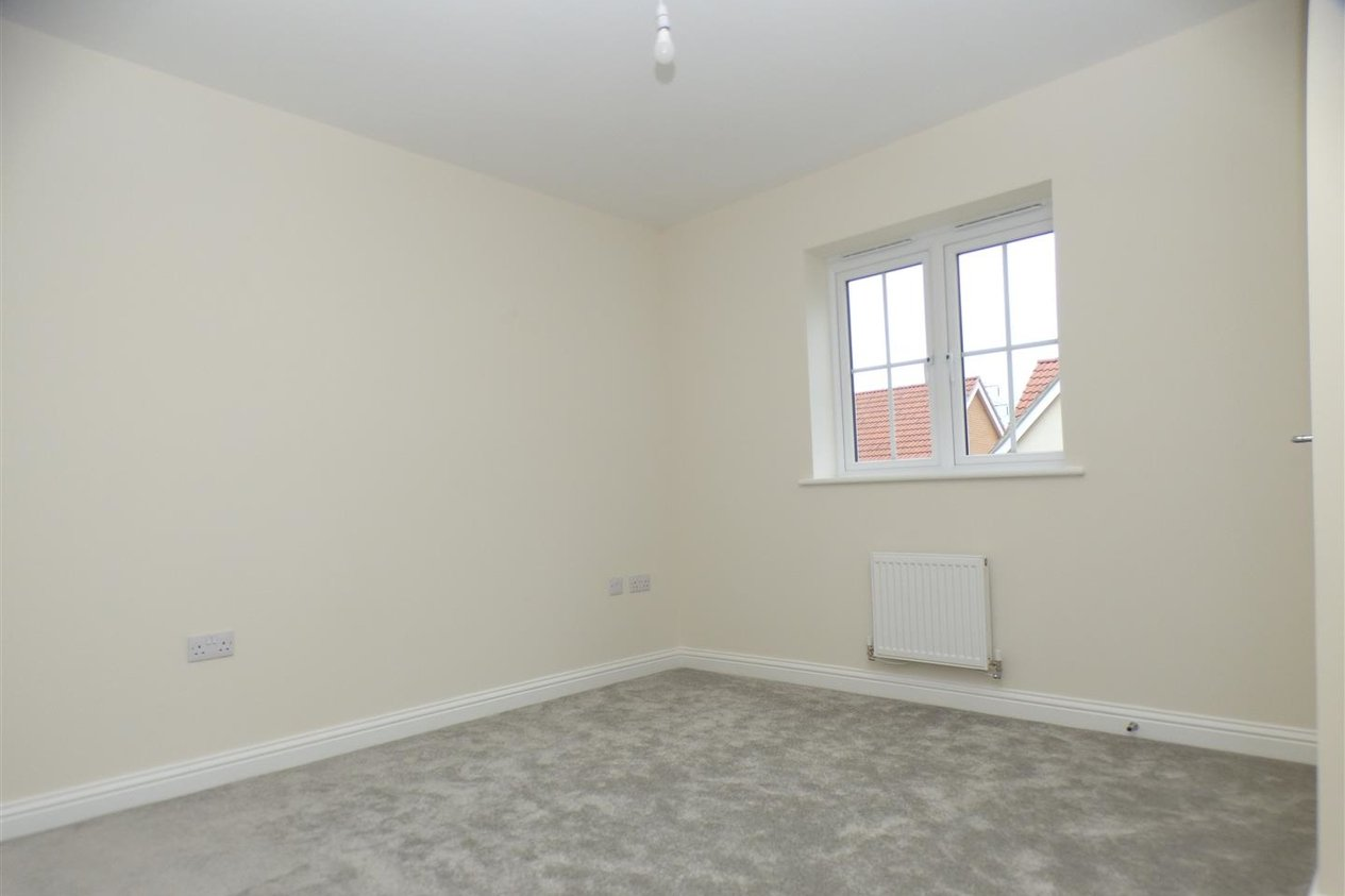 Properties Let Agreed in Lampen Walk