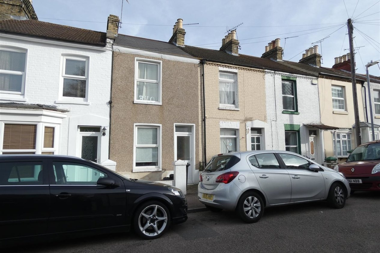 Properties To Let in Lorne Road