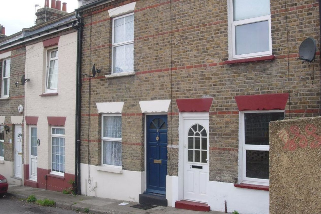 Properties Let Agreed in May Avenue Northfleet