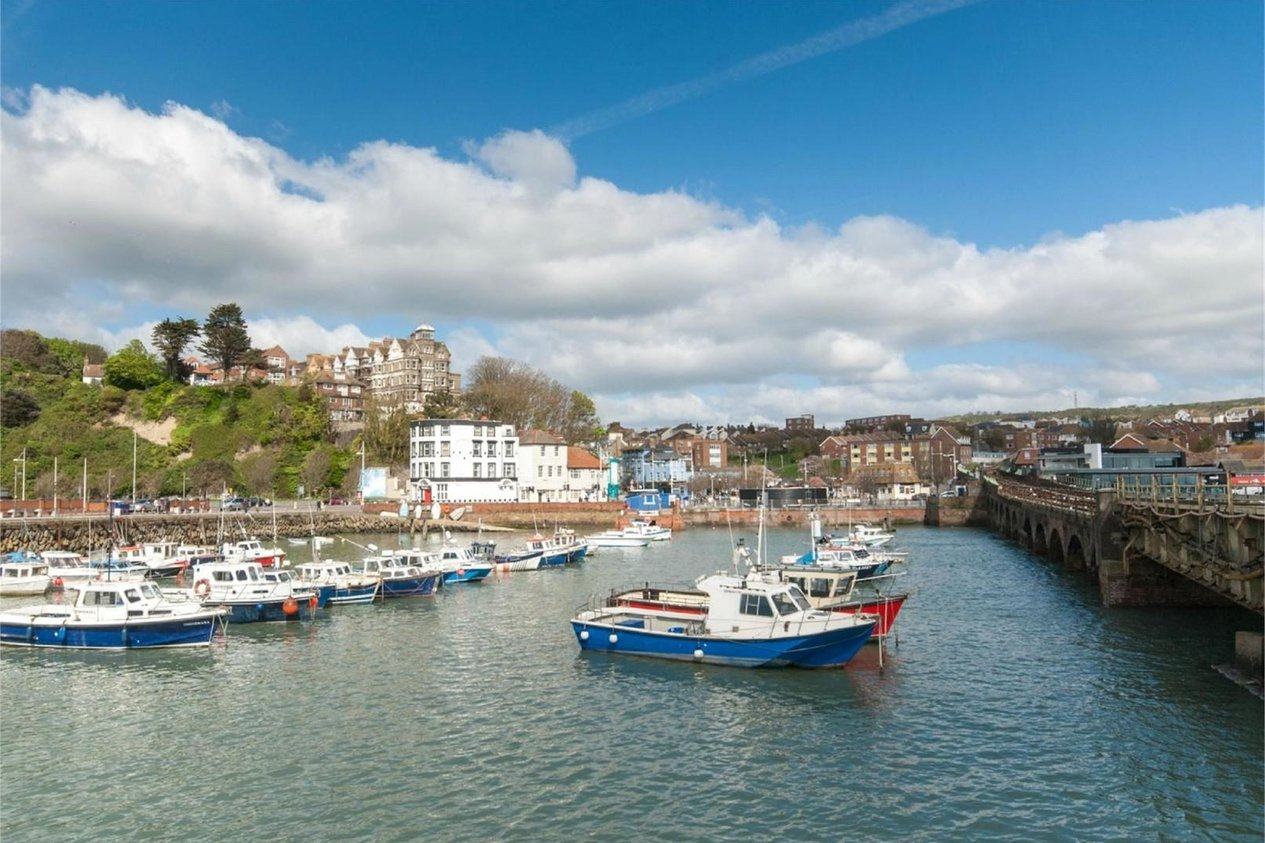Properties To Let in Muddles Passage