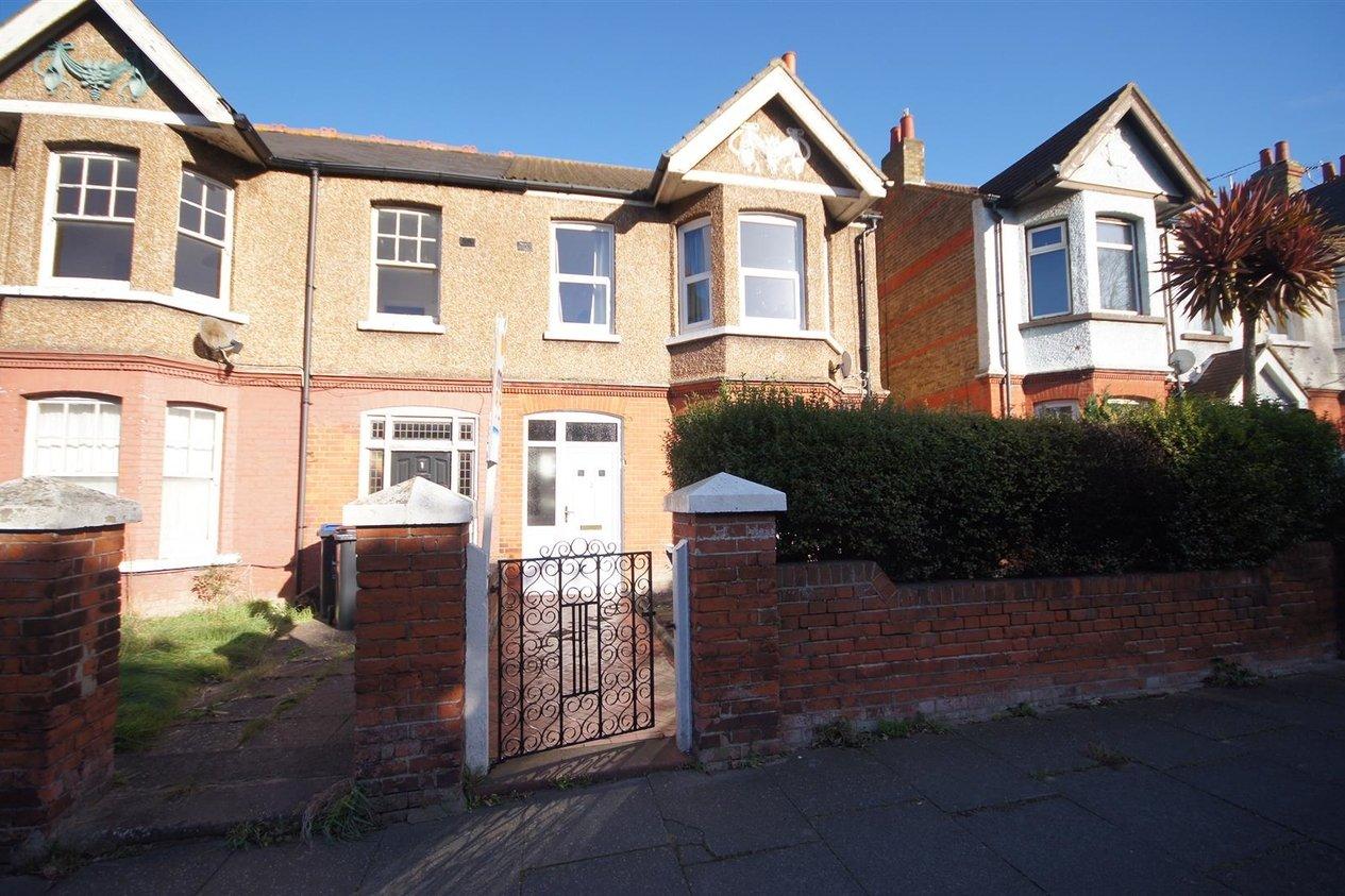 Properties Let Agreed in Nash Road