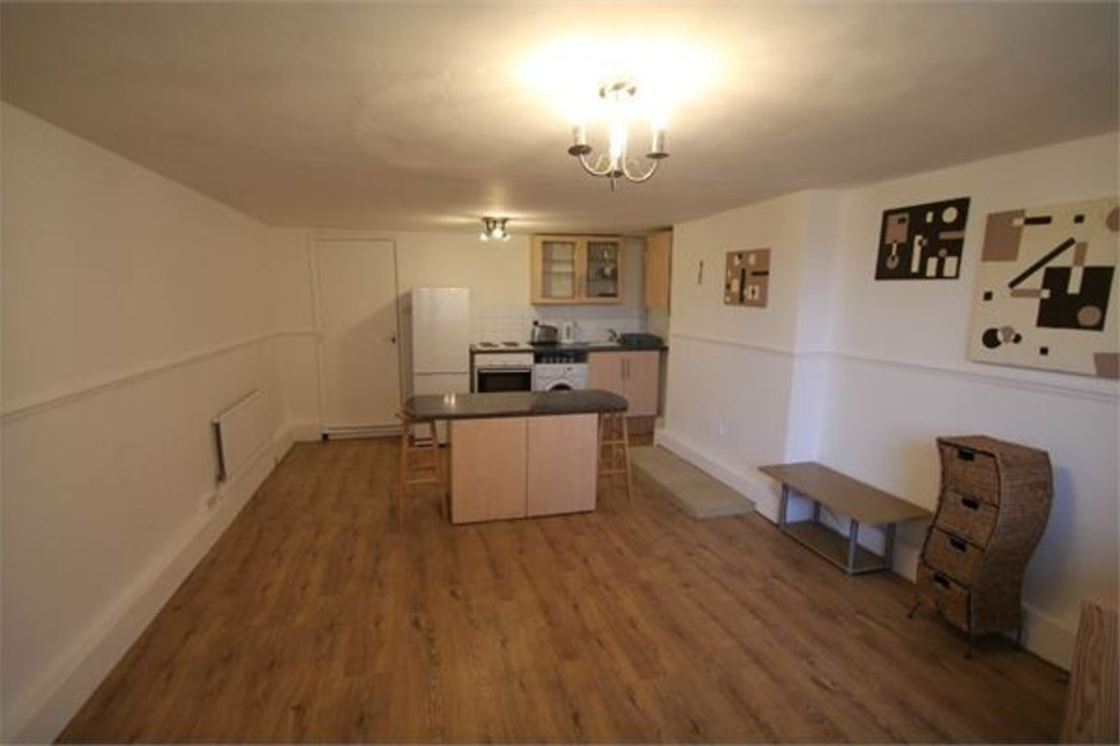 Properties Let Agreed in Overcliffe