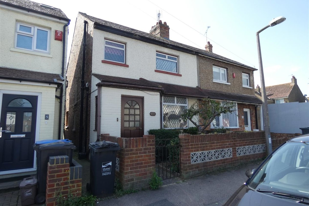 Properties Let Agreed in Queens Avenue