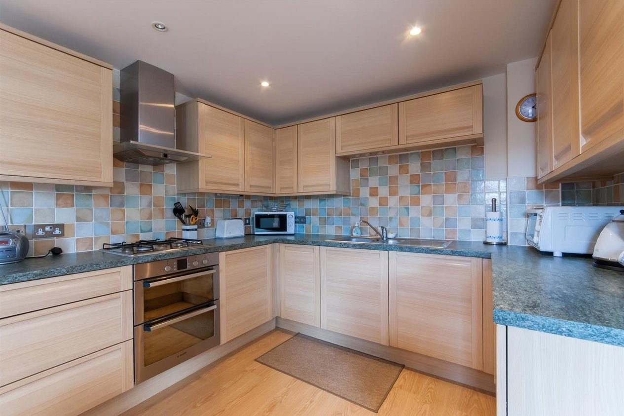 Properties To Let in Nelson Villas Quex Road