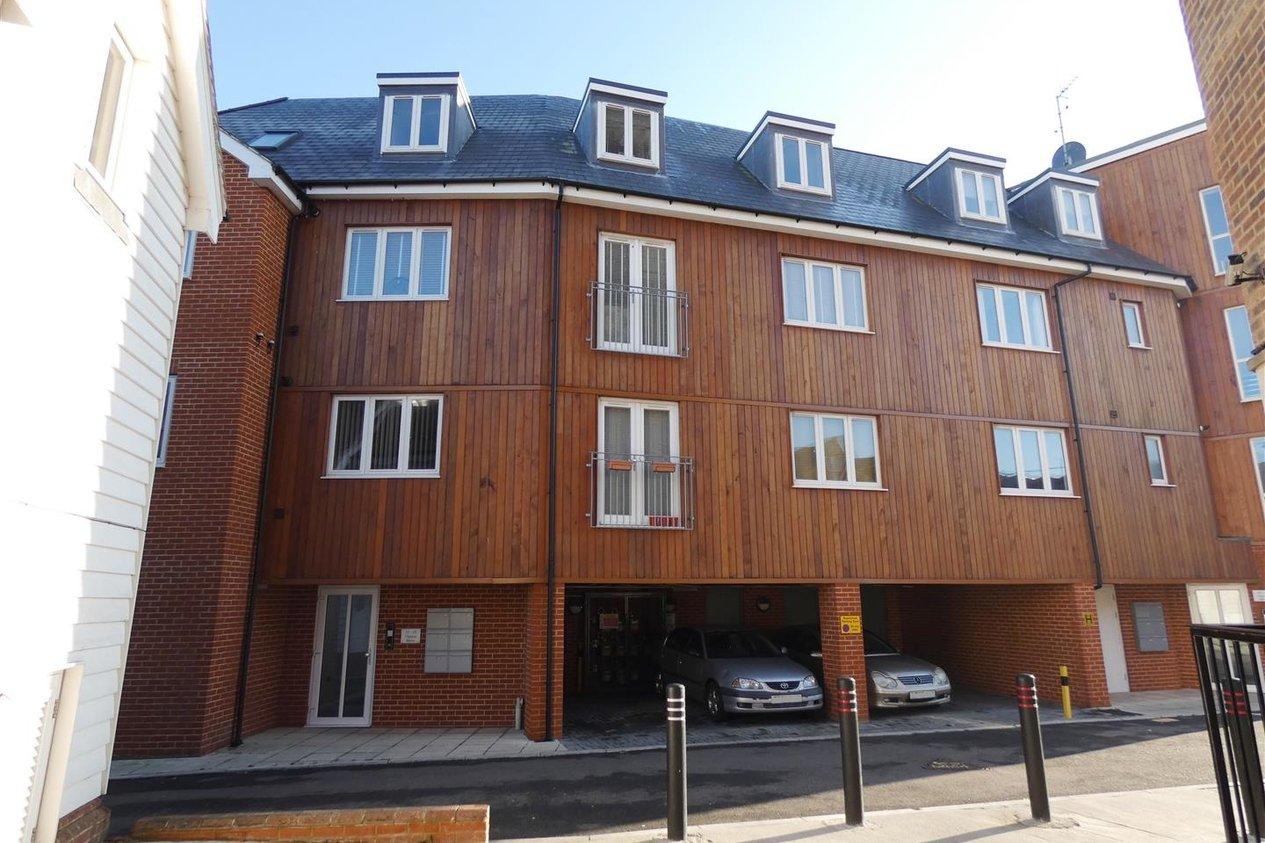 Properties To Let in Regent Street