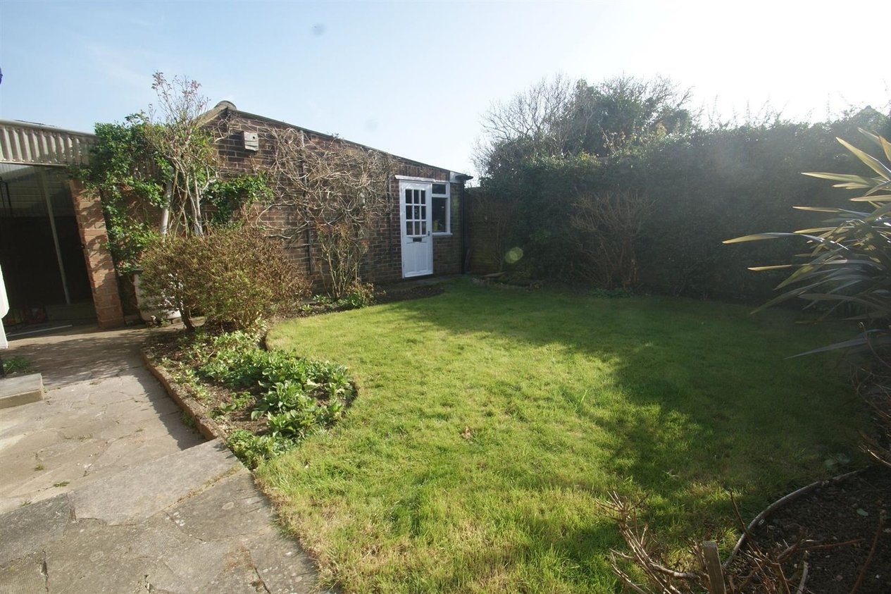 Properties Let Agreed in Rhodes Gardens