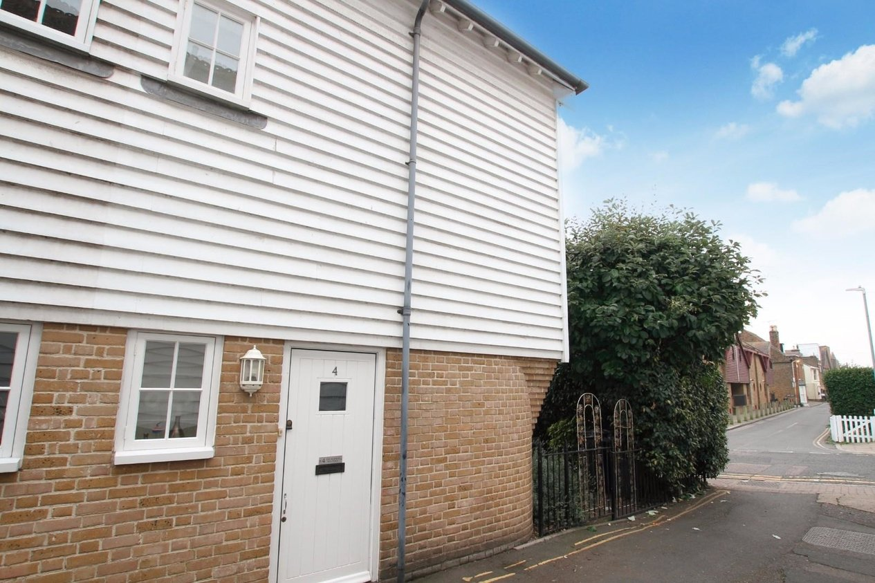 Properties Let Agreed in Sea Wall