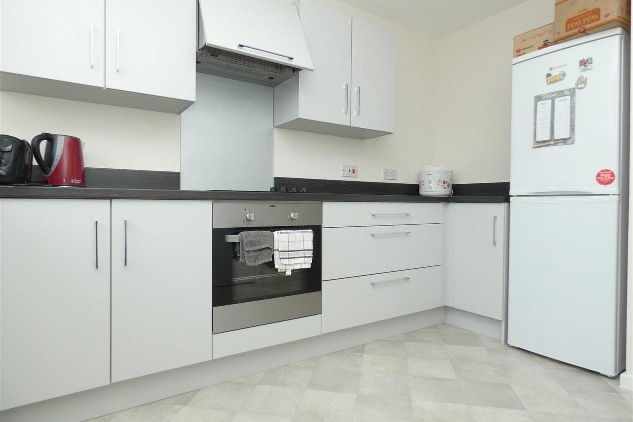 Properties To Let in Sevastopol Place