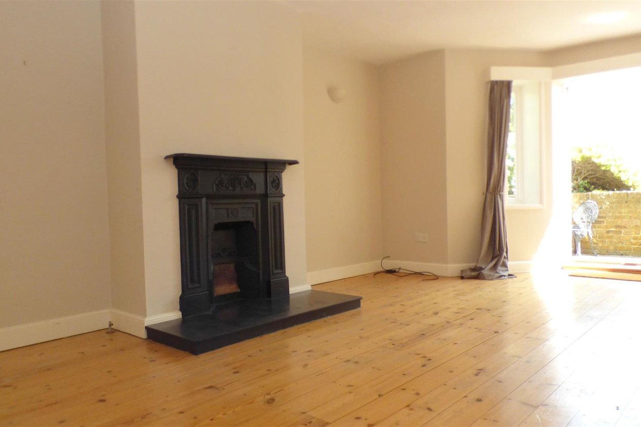 Properties Let Agreed in Chartham Terrace St. Augustines Road