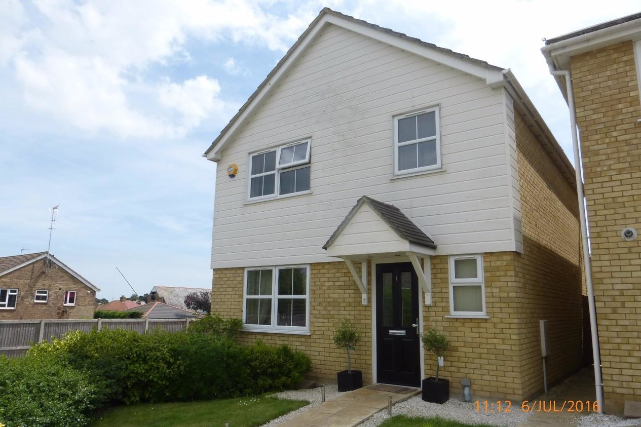 Properties Let Agreed in St. James Close