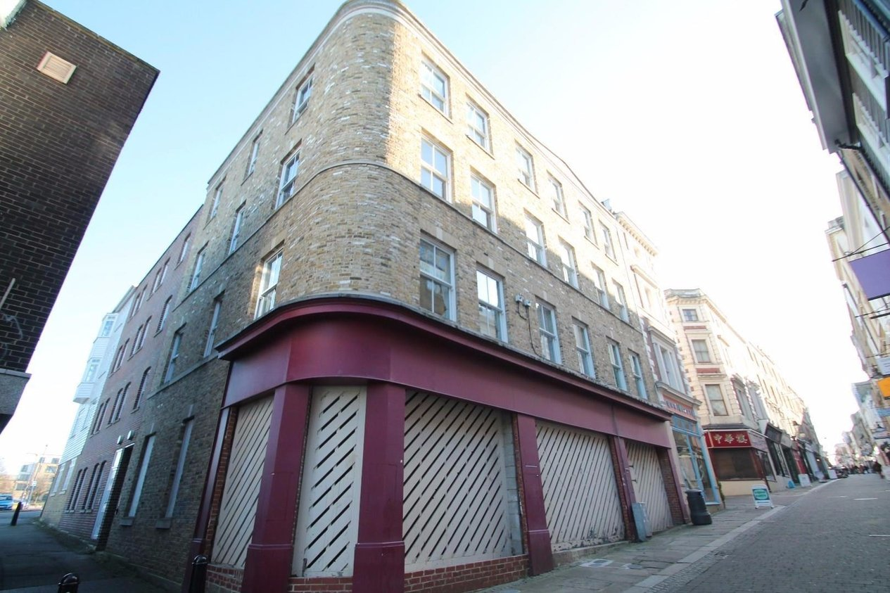Properties To Let in Thamesview Court, 12 - 14 High Street
