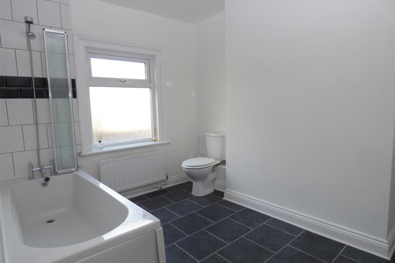 Properties To Let in Thanet Gardens