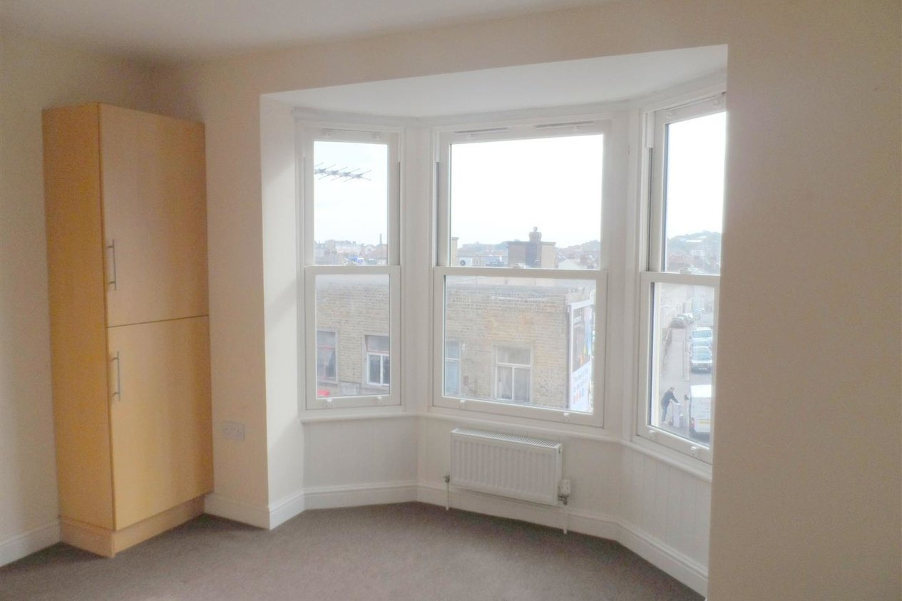 Properties To Let in Thanet Road