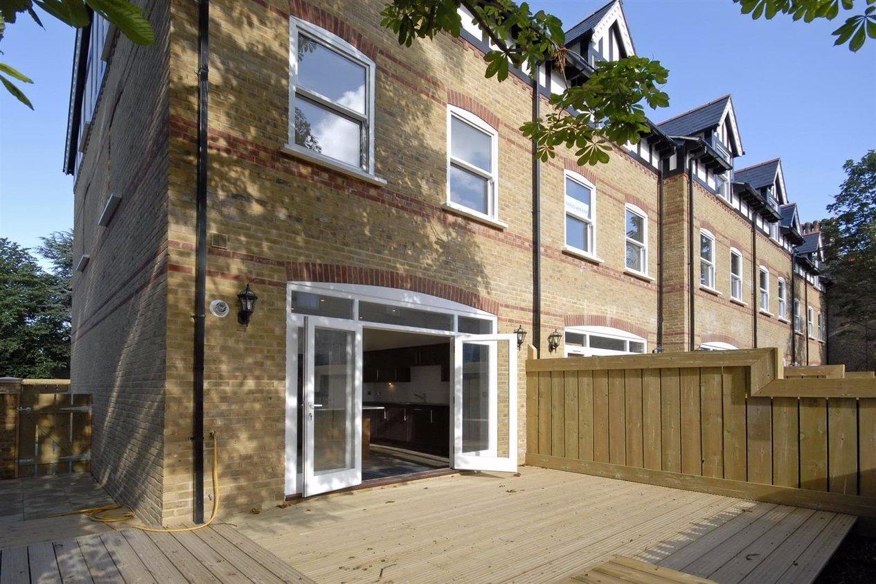 Properties To Let in Tidewell Mews
