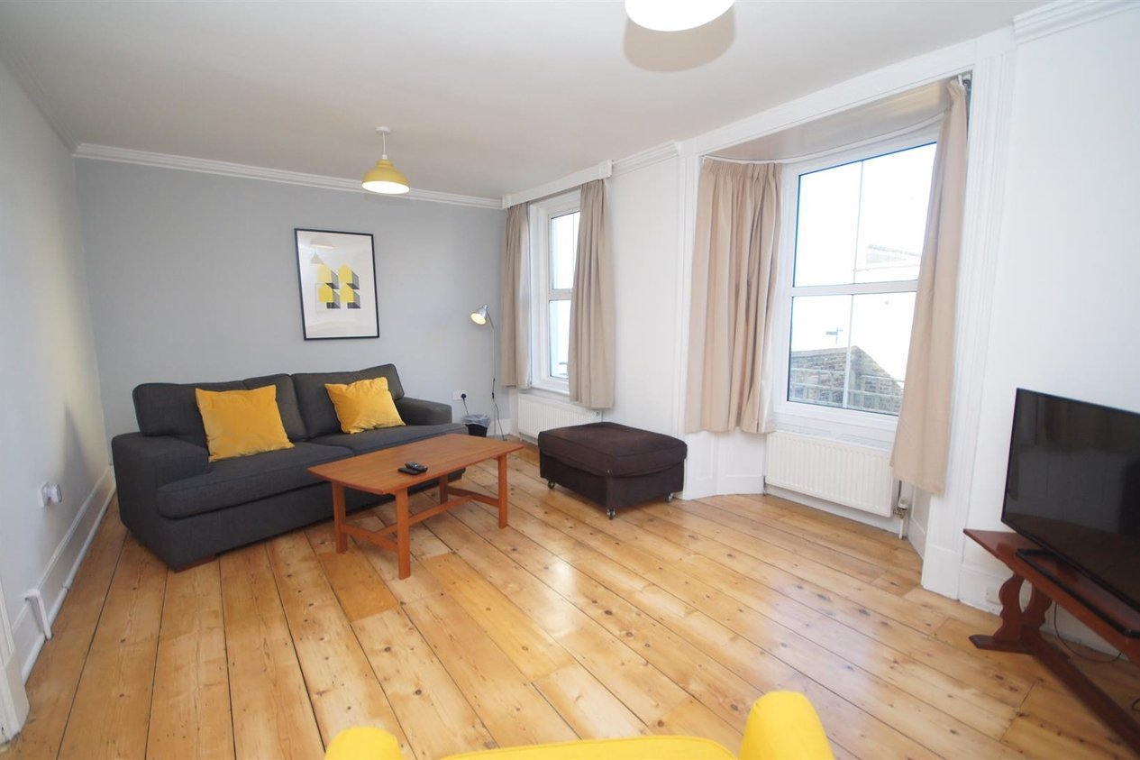 Properties Let Agreed in Trinity Square