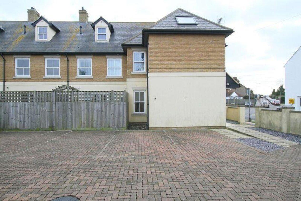 Properties To Let in Clarendon Street
